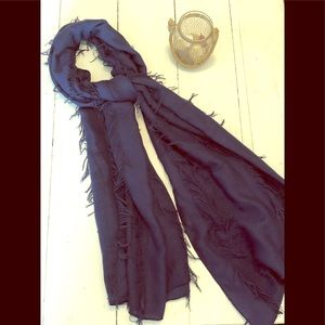 Accessories - Navy scarf 🧣
